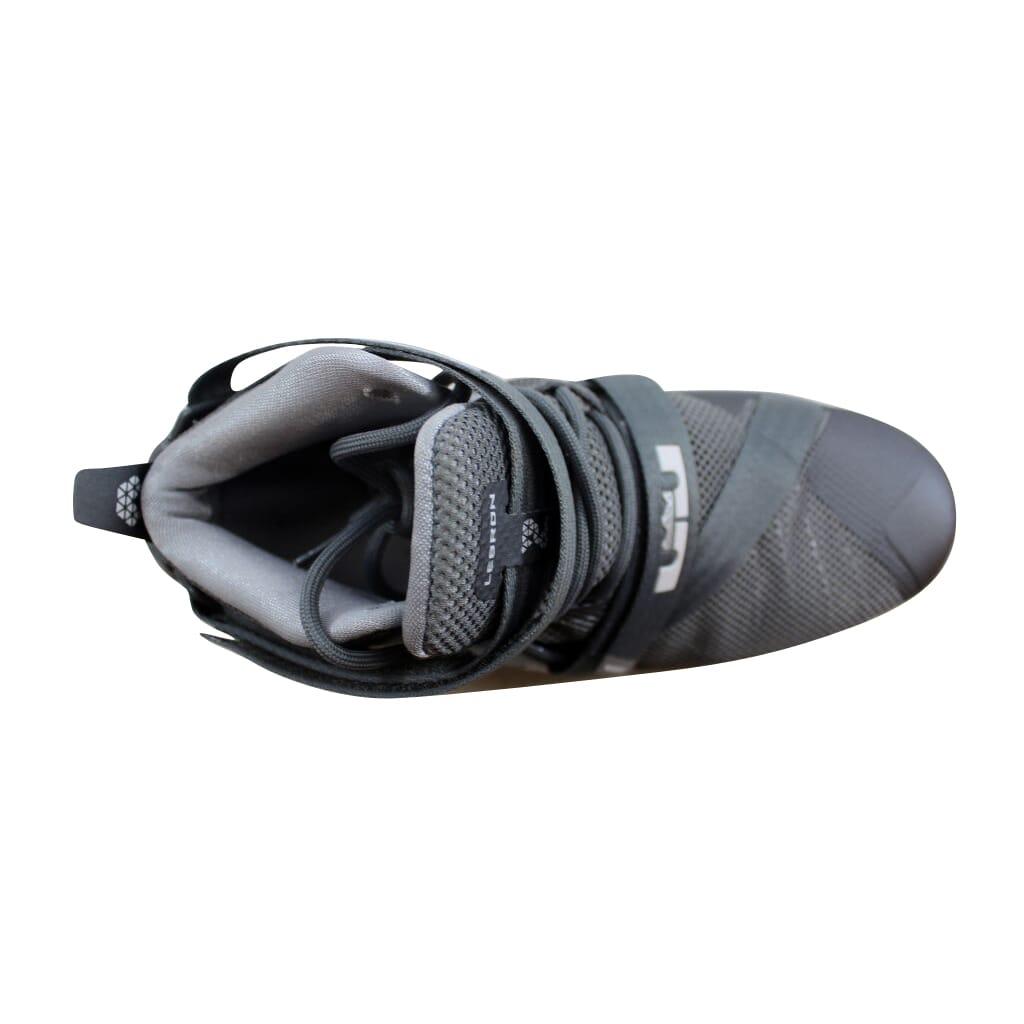 82da1c7b202 Nike Lebron Soldier IX 9 Cool Grey White-Wolf Grey 776471-003 Grade ...