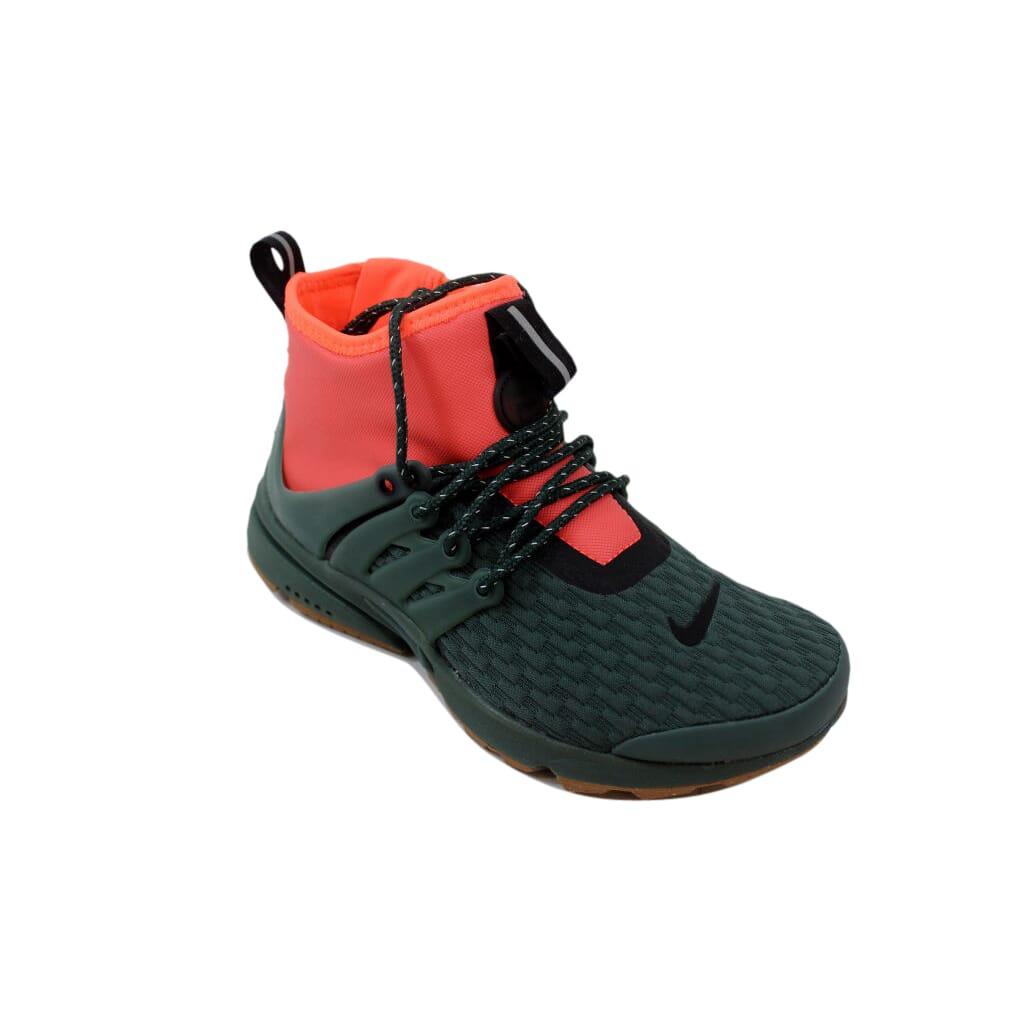 b3c904d399b7 Nike Air Presto Mid Utility Premium Vintage Green Women s AA0674-300 Size 6  Medium
