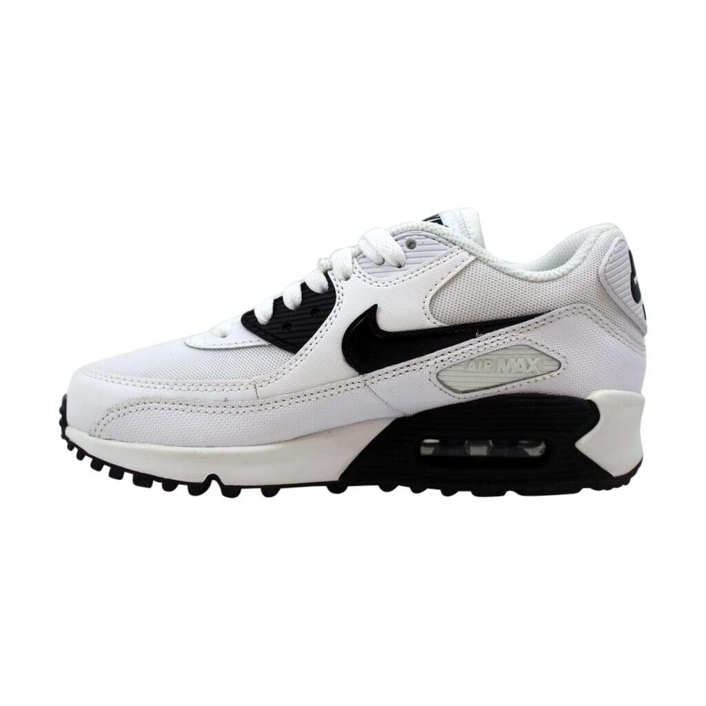 Nike Air Max 90 Essential WOMen's Running Shoe 616730 110