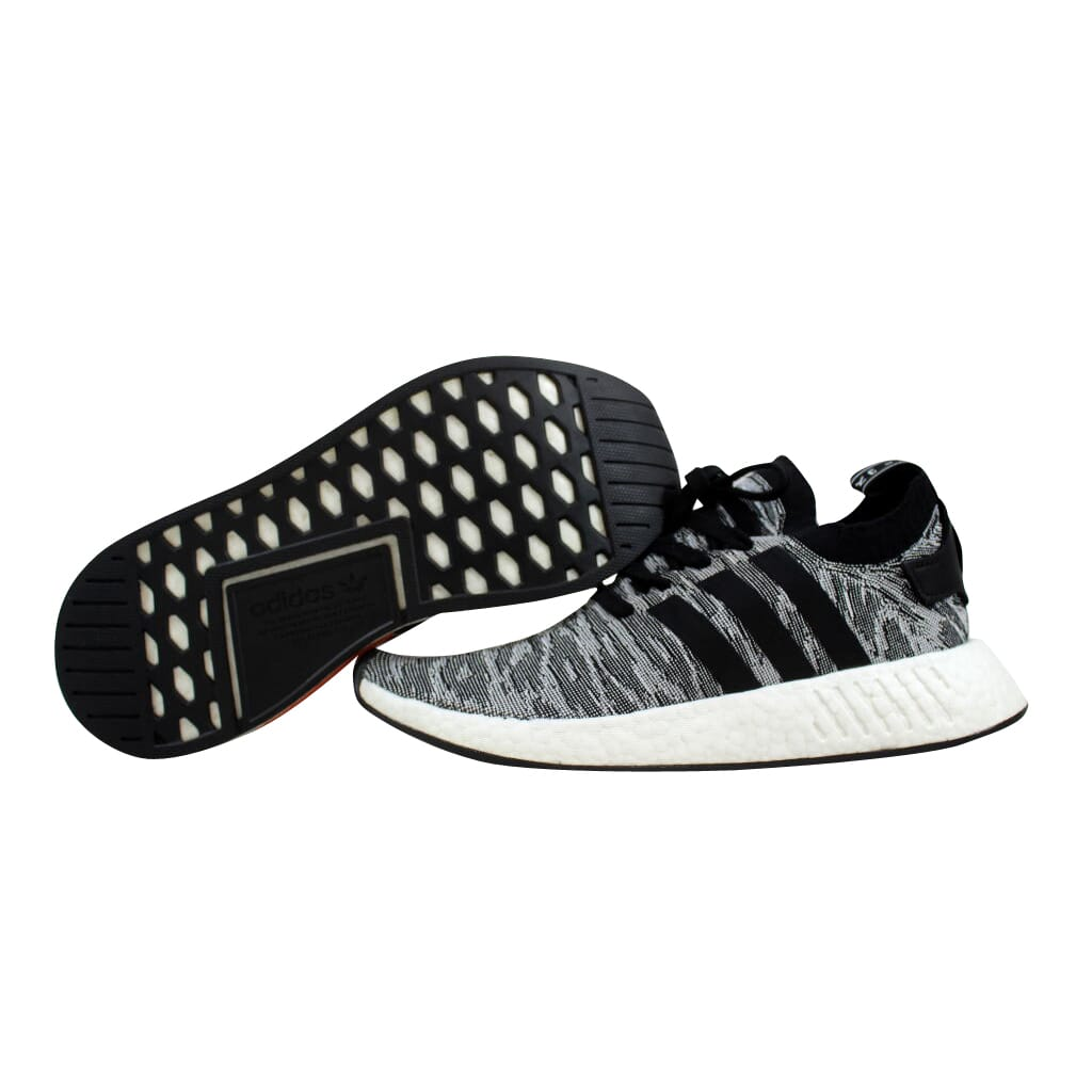 6e886a476 Adidas NMD R2 Primeknit Core Black White BY9409 Men s SZ 7.5