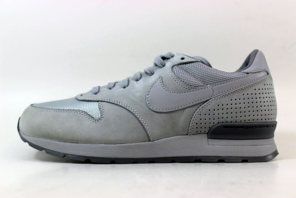 wholesale dealer 2ce1c 5cf87 Nike-Air-Zoom-Epic-Luxe-Wolf-Grey-Wolf-